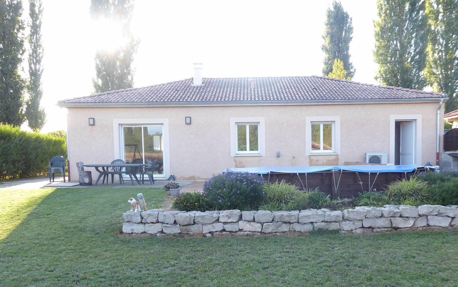 facade maison plain pied3 3 chambres pied quartz logivelay traditionnelle alt-energo.info
